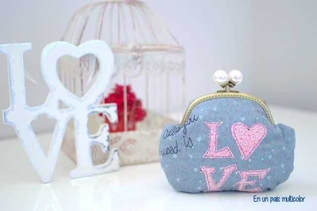 monedero de patchwork amor